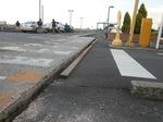 第1駐車場入口沈下.JPG